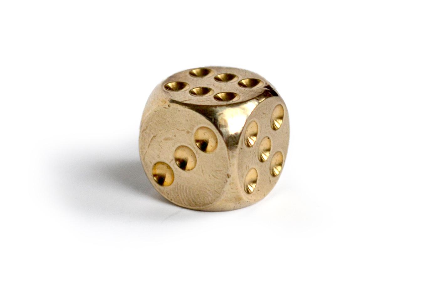 Игральная кость, латунь 15 мм [UGLA505]