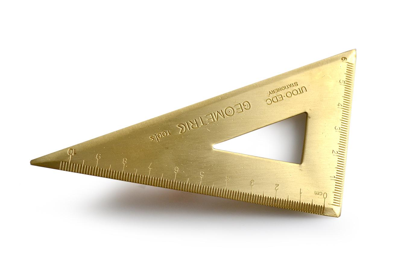Латунный треугольник [UGLA519]